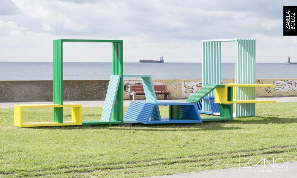 Instalacja Izabeli Bołoz - nowoczesne meble miejskie